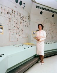 Achieving the Dream: Women of Color in Science, Bu...